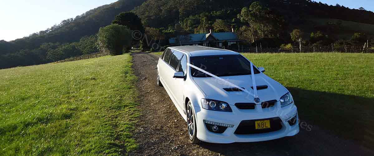 HSV Limousine on wedding duty in Nowra NSW